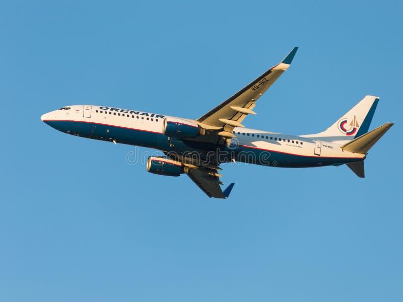 乘客波音737-86N, Orenair 库存图片