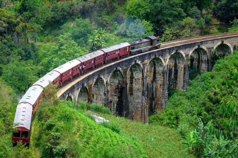 九曲拱桥梁在埃拉斯里兰卡 免版税库存照片