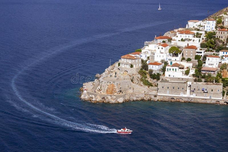 九头蛇海岛,希腊口岸的部份看法  库存图片