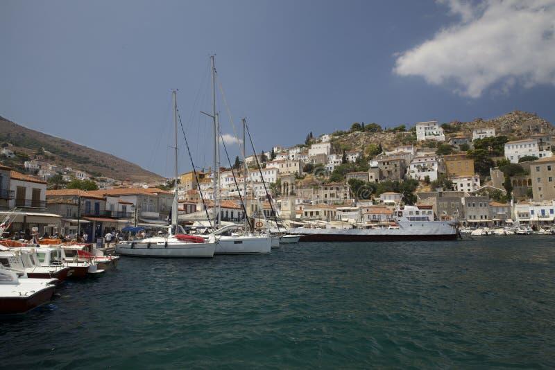 九头蛇美丽的海岛在希腊 免版税库存图片