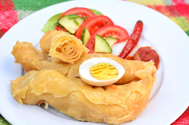 也门食物- Jachnun 免版税库存图片