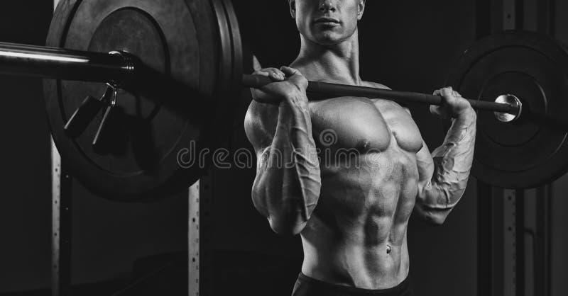 练习大量的举重的运动员 库存照片