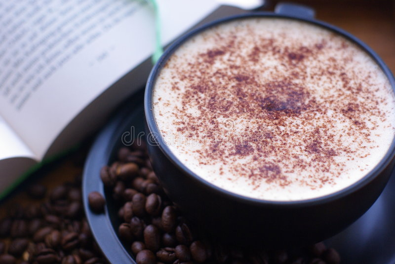 书咖啡 免版税库存图片