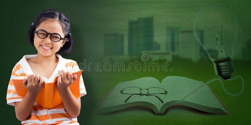 书女孩一点读取 免版税图库摄影