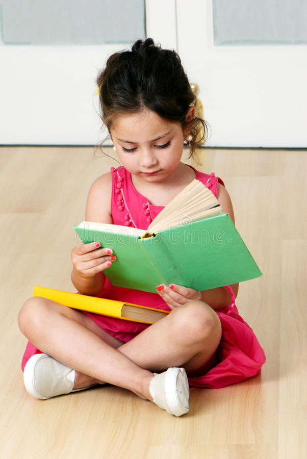 书学龄前儿童 库存图片