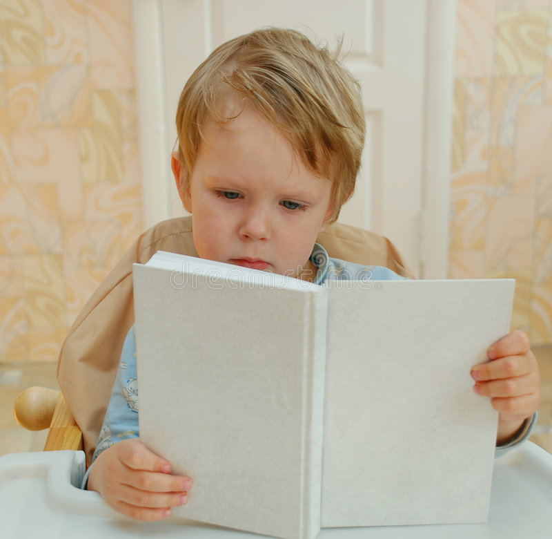 书孩子读 库存图片