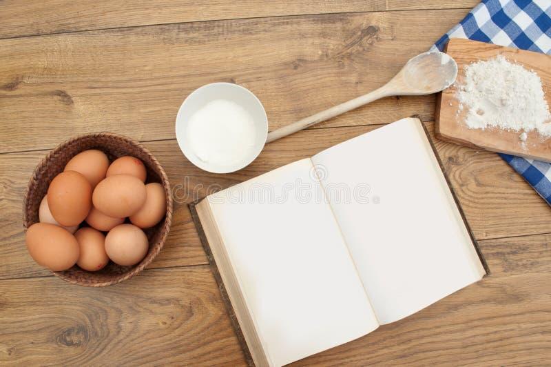 Download 书食谱 库存照片. 图片 包括有 开放, 蛋糕, 空白的, 有阳台, 成份, bacterias, 面粉 - 21901878