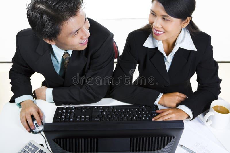 买卖人讨论 库存图片