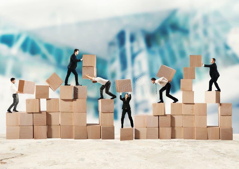买卖人队建立一家新的公司 免版税库存照片