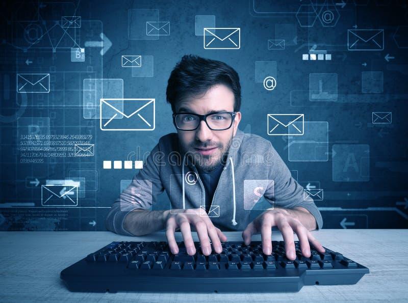 乱砍电子邮件密码概念的入侵者 免版税库存图片