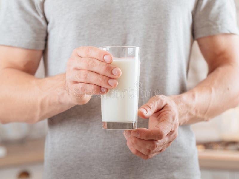 乳制品平衡的营养豆奶 免版税图库摄影