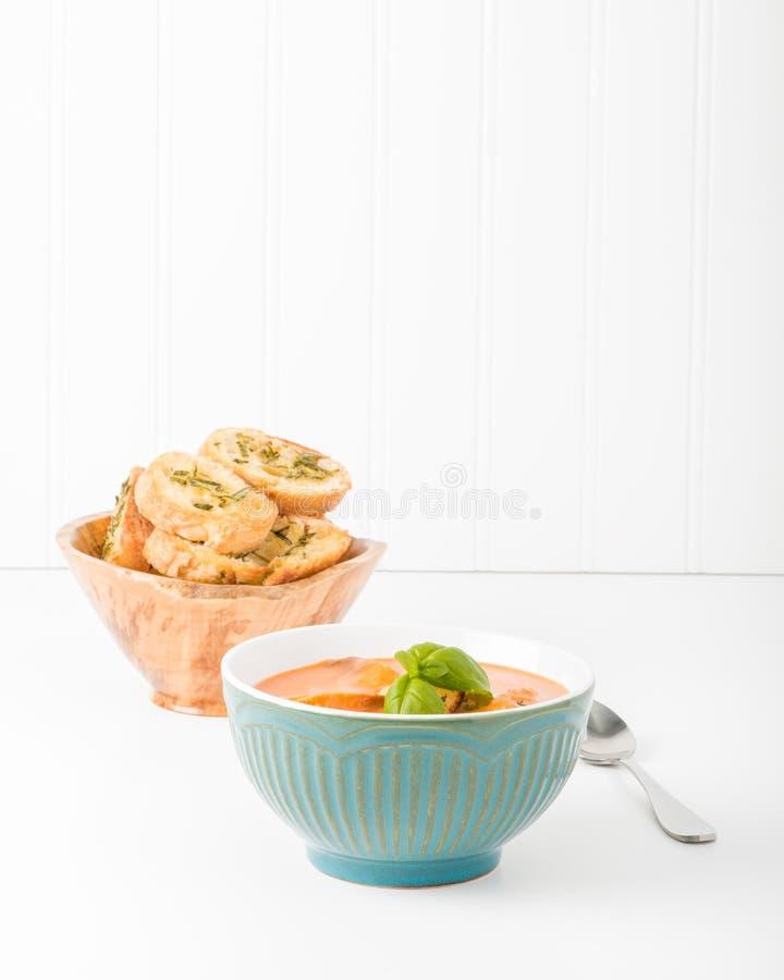 乳脂状的蕃茄蓬蒿汤画象 库存照片