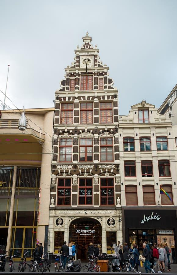 乳酪商店,商店在老阿姆斯特丹,荷兰,2017年10月12日 免版税库存照片