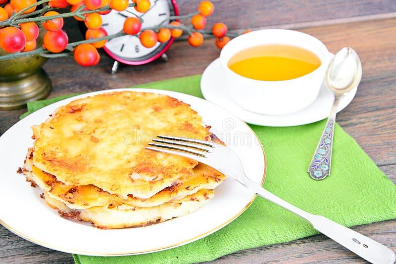 Download 乳酪薄煎饼用蜂蜜 库存图片. 图片 包括有 谷物, 背包徒步旅行者, 自创, 食物, 深深, 烘烤, 村庄 - 62531959