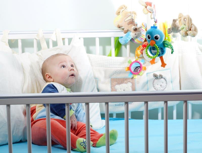 了解意义的婴儿床 库存图片