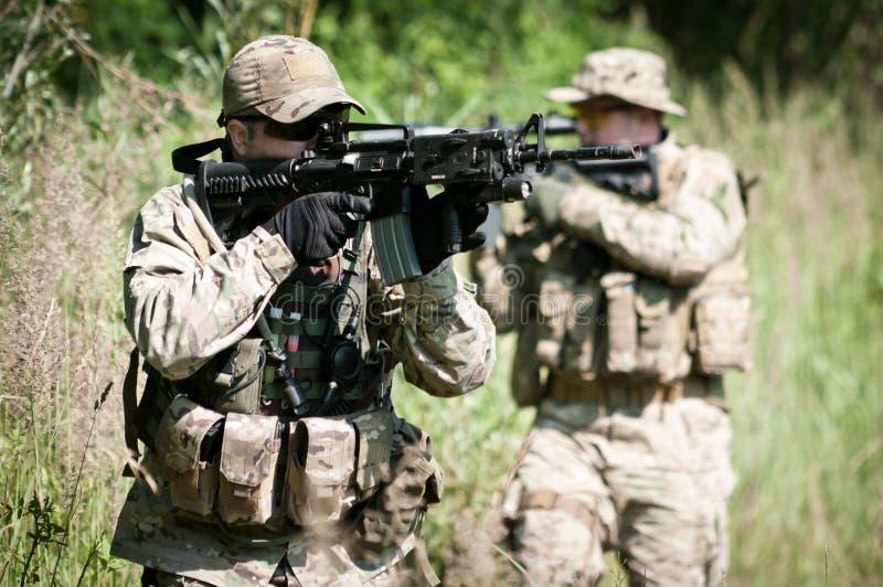 争取敌对巡逻战士 库存照片