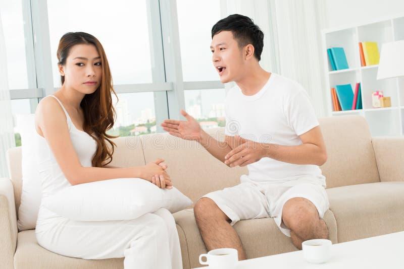 争论夫妇 免版税图库摄影