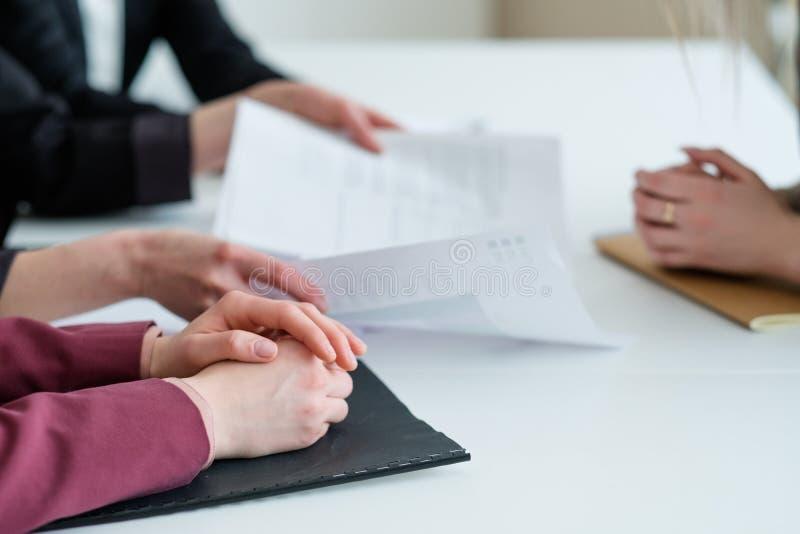 事务谈交涉伙伴通信 免版税库存照片