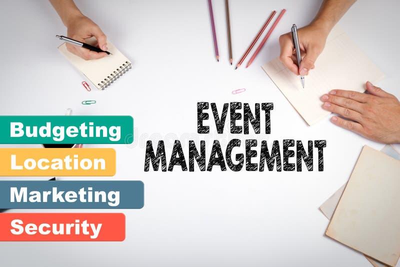 事件管理,企业概念 会议在白色办公室桌上 免版税库存照片