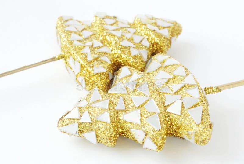 二个金黄新年度结构树-新年度装饰 免版税库存照片