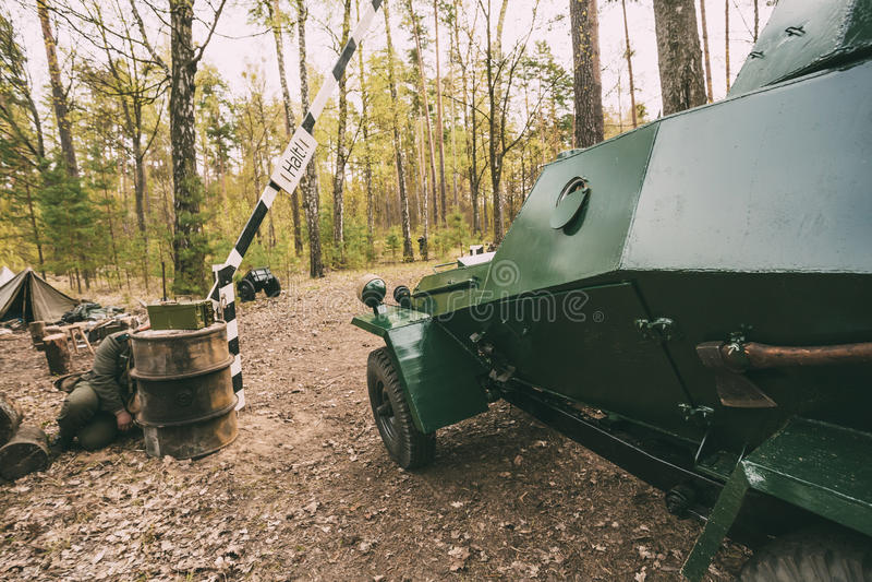 二战俄国装甲的苏联侦察车Ba64在Ger附近的 库存图片