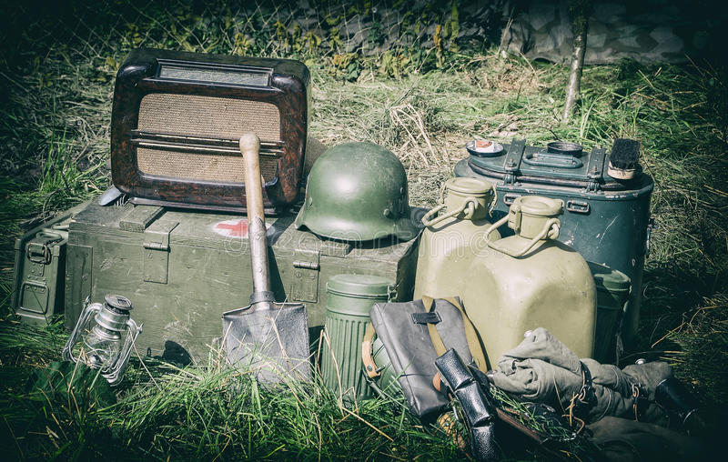 从二战的老军用设备 免版税图库摄影