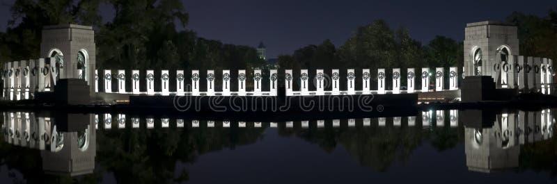 二战纪念品在晚上 库存照片