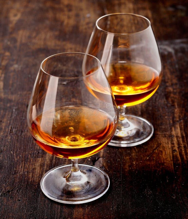 二杯白兰地酒 免版税库存图片