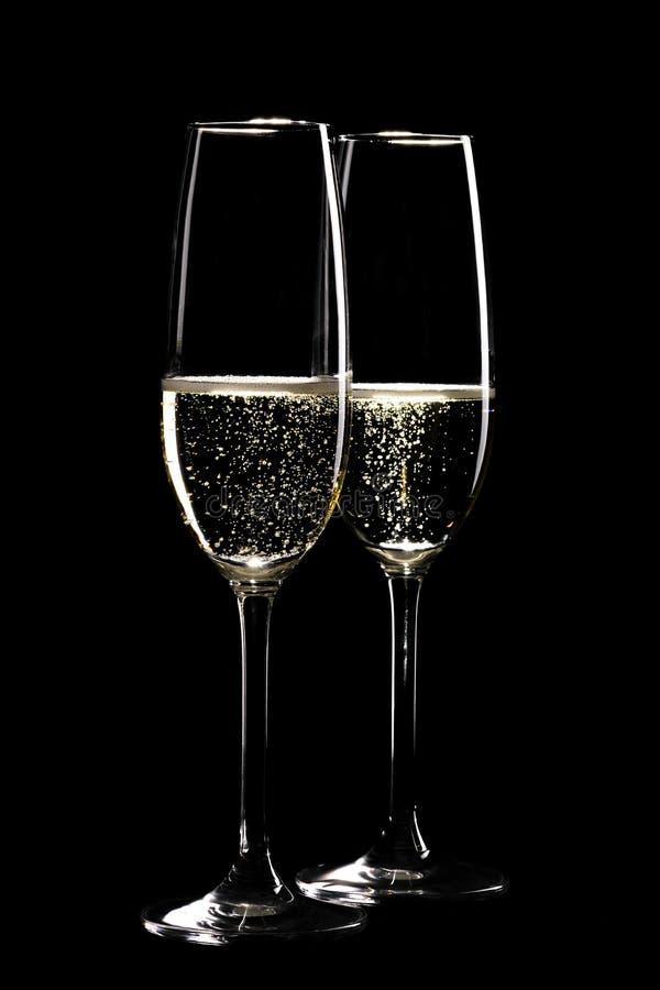 Download 二杯闪耀的香槟 库存照片. 图片 包括有 酒精, 玻璃, 装载, 背包, 香槟, 投反对票, 食物, ,并且 - 30326358