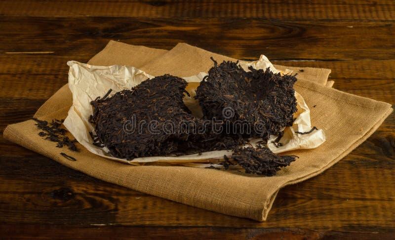 从云南省的黑puerh茶 免版税图库摄影