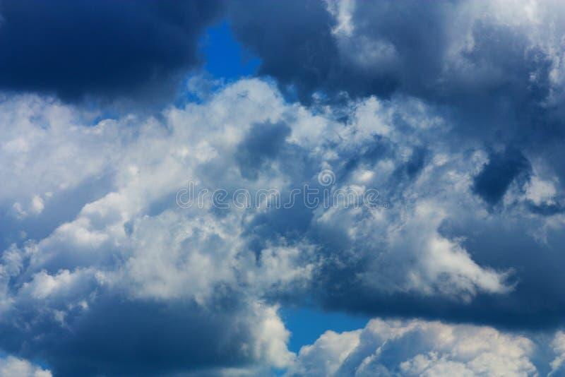 阴云密布 库存图片