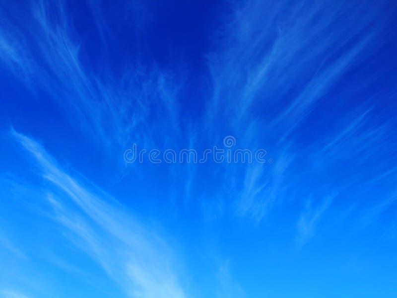 云彩在统温层,天空蔚蓝纹理 图库摄影