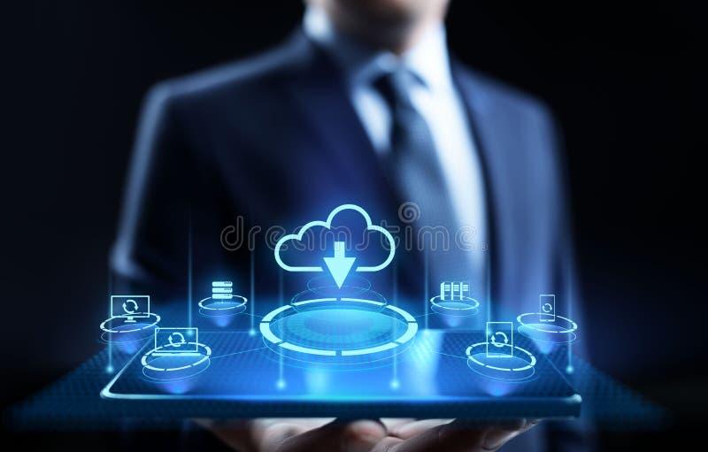 云彩技术处理计算的互联网概念的数据存储 按在屏幕上的商人按钮 库存例证