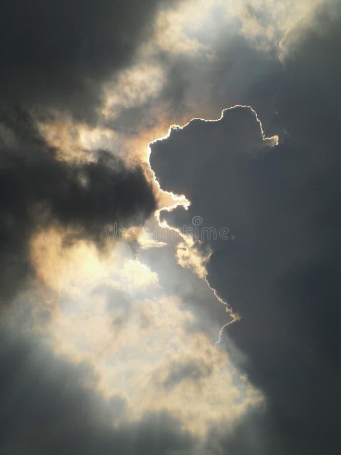 Download 云彩的形状 库存图片. 图片 包括有 日出, 温室, 下落, 虚拟, 气体, 日落, 严重, cloudscape - 62526247