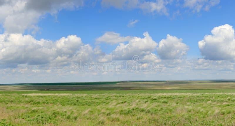 云彩的运动在干草原的,罗斯托夫地区,俄罗斯 库存照片