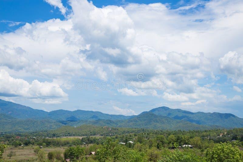 云彩盖了天空 库存图片