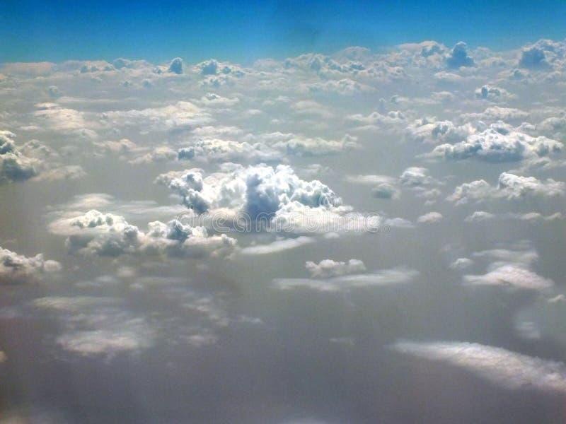 云彩看法从云彩上的 免版税库存照片
