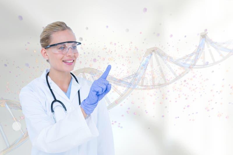 互动与3D脱氧核糖核酸子线的愉快的医生妇女 免版税库存照片