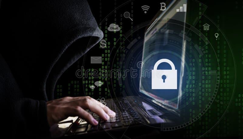 互联网保安系统 黑有冠乌鸦的黑客使用计算机膝上型计算机和技术锁和应用象 向量例证