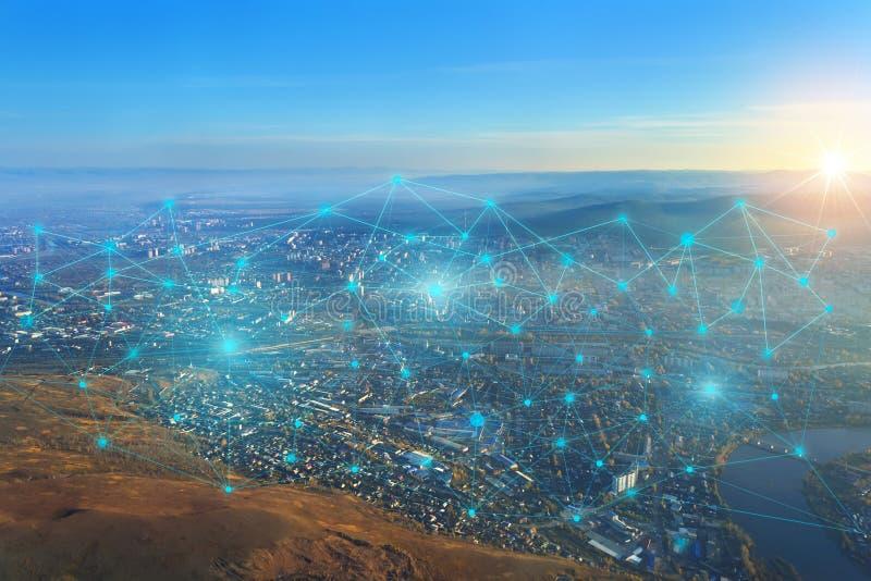 互联网和iot的发展的概念性表示法无线网络的点的之间连接为 图库摄影