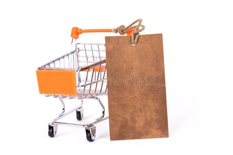 互联网网上当前礼物顾客买家没有人概念 关闭被回收的时髦的pricetag演播室照片与地方文本的 库存照片