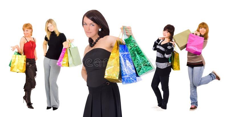 五个前女孩编组一购物时髦 库存照片
