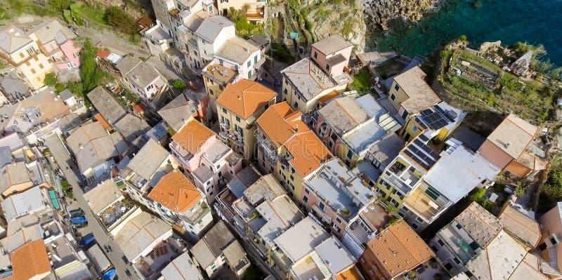五乡地五颜六色的大厦-五土地顶上的看法, 库存图片