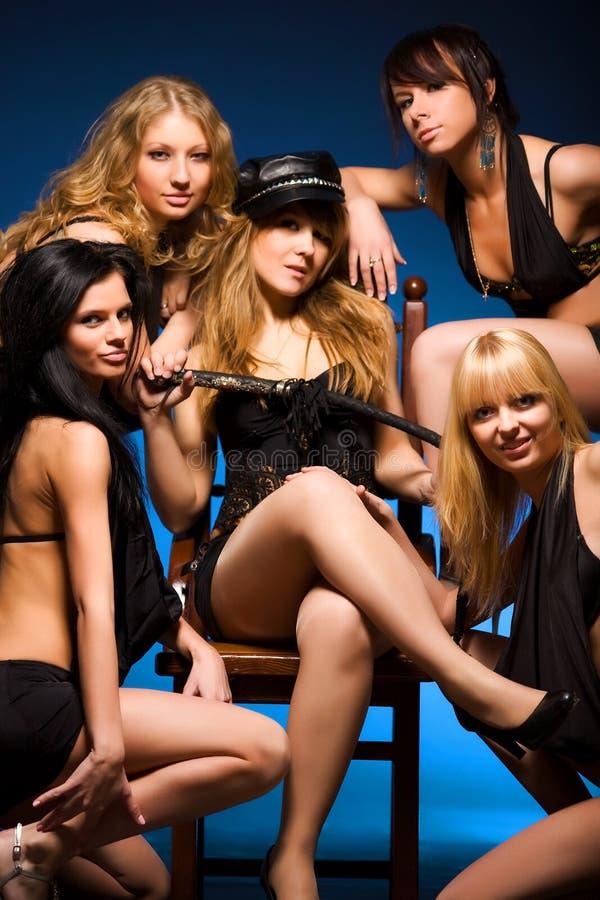 五名性感的妇女 免版税库存照片