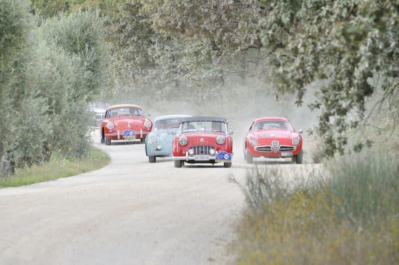 五辆经典汽车参与给GP Nuvolari 图库摄影