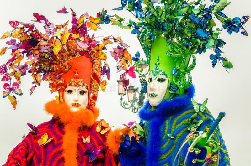 五颜六色和精心制作的面具在狂欢节的威尼斯 免版税库存图片