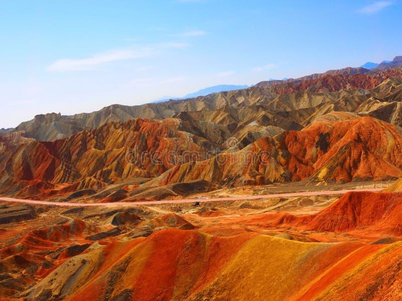 五颜六色的丹霞地势,张掖,甘肃,中国 免版税库存图片