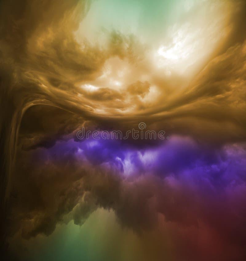 五颜六色的云彩变异 皇族释放例证