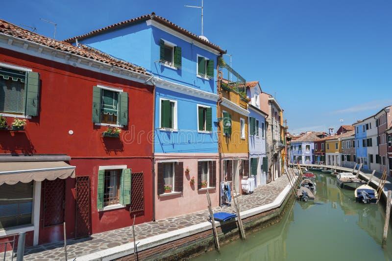 五颜六色的住宅房子在威尼斯,意大利 免版税库存照片
