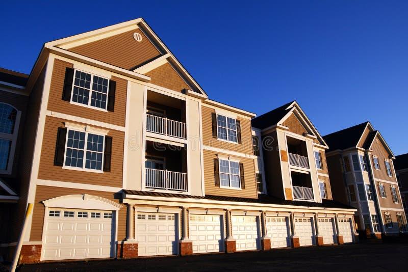 五颜六色的公寓房 免版税库存照片